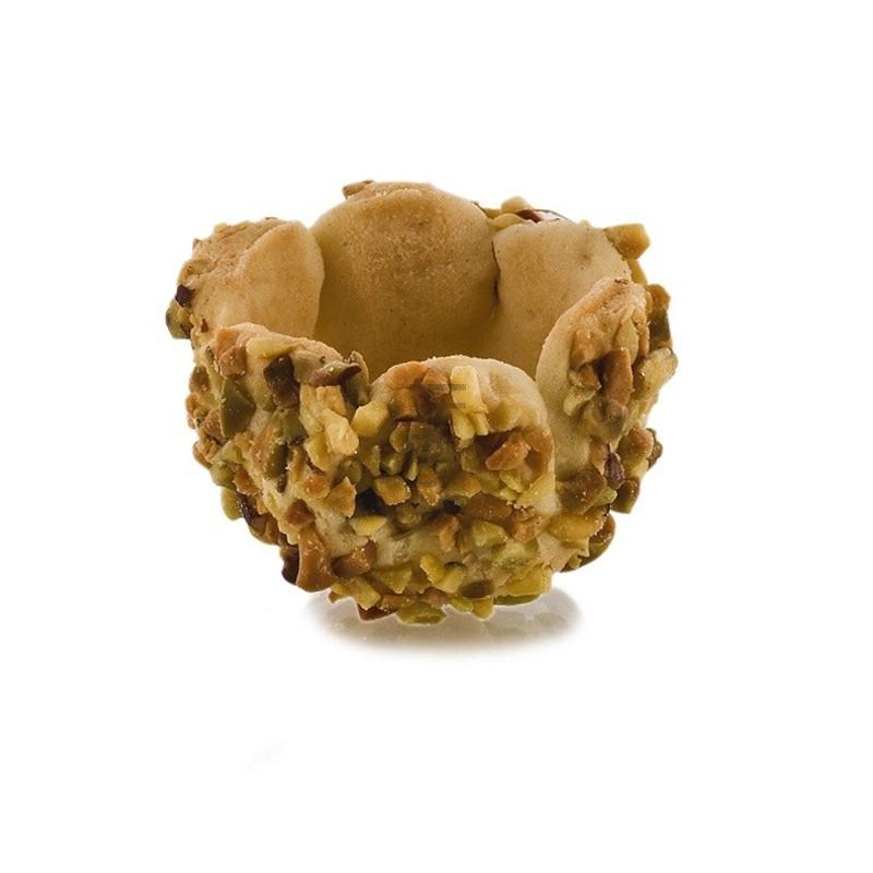 sweet-pistache-shortcrust-pastry-basket