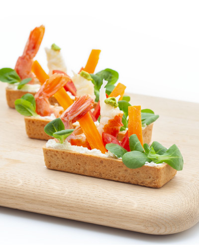 Longuer salata con scampi, Philadelpia, carote e songino