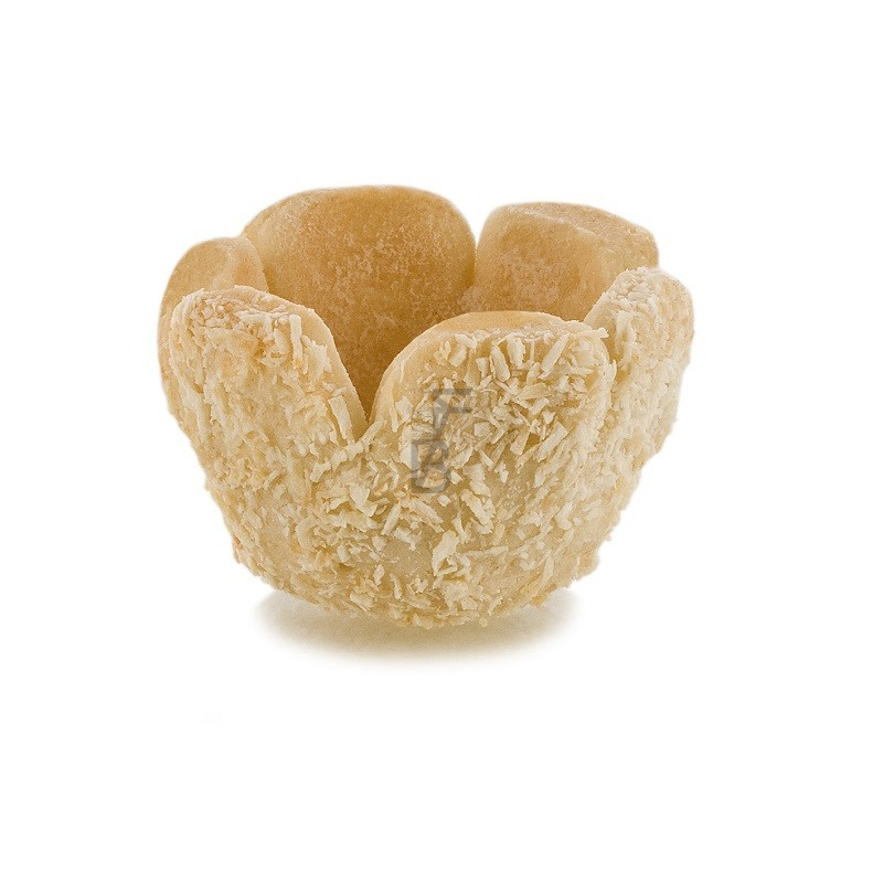 sweet-coconut-shortcrust-pastry-basket
